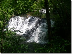 Falls-from-Statue